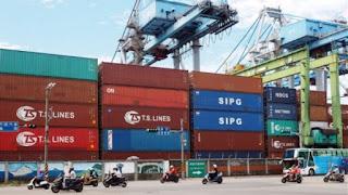 Politico: Πρόστιμο 200 εκατ. στην Ελλάδα για δίκτυο απάτης με κινέζικα προϊόντα