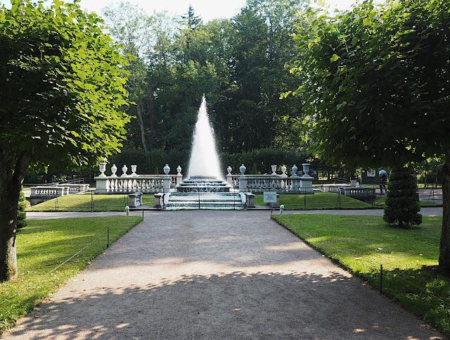 Петергоф, фонтан Пирамида (Peterhof, the Pyramid fountain)