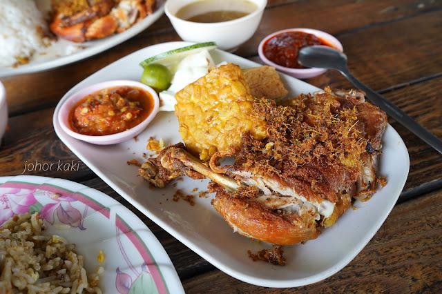 Ambok Corner Nasi Ayam Penyet & Nasi Goreng Kampung at Jalan Biru Taman Palengi Hawker Centre