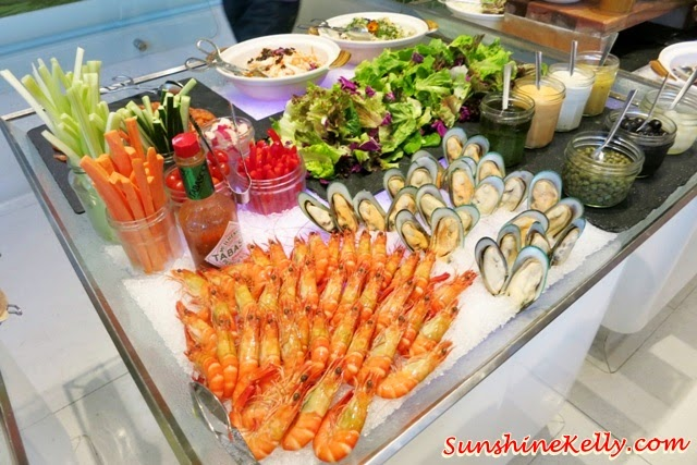Fresh seafood, salad bar, Ramadan Buffet, Chef's A List Malaysian Feast, Nook, Aloft Kuala Lumpur, malay dishes, malay food, malay traditional cuisine,