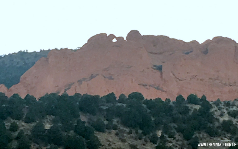 Colorado Springs - Garden of the Gods, kissing camels