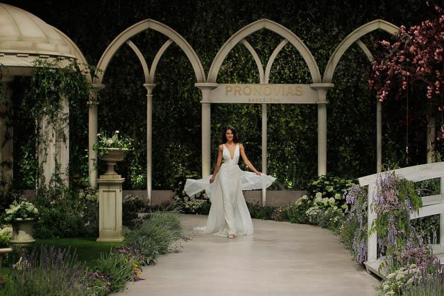 Pronovias coleccion 2019 novias vestido bridal gown Barcelona Bridal Week