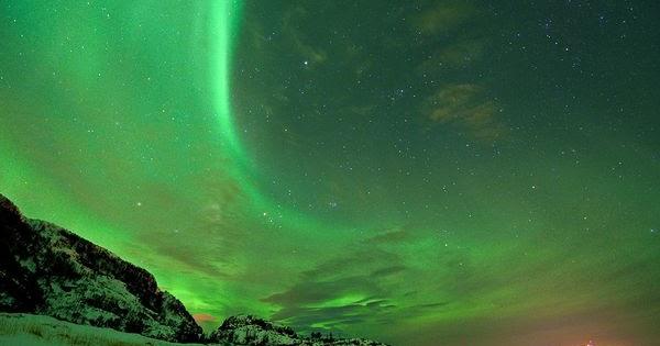 Joanna Lumley Land Northern Lights