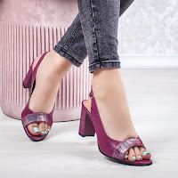 Sandale dama Piele cu toc violet