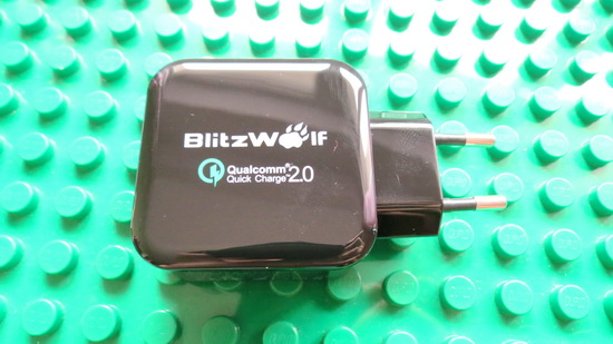 http://www.banggood.com/Qualcomm-Certified-BlitzWolf-QC2_02_4A-30W-Dual-USB-EU-Charger-Adapter-With-Power3S-Tech-p-1020008.html?utm_source=zrhbbs&utm_medium=chinagadgetsreviews&utm_content=zhangruihua&utm_campaign=review
