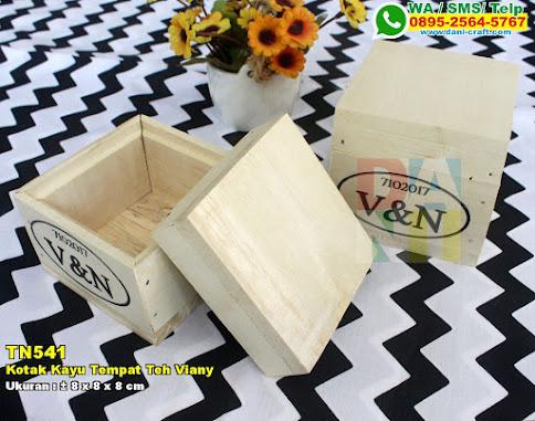 Kotak Kayu Tempat Teh Viany