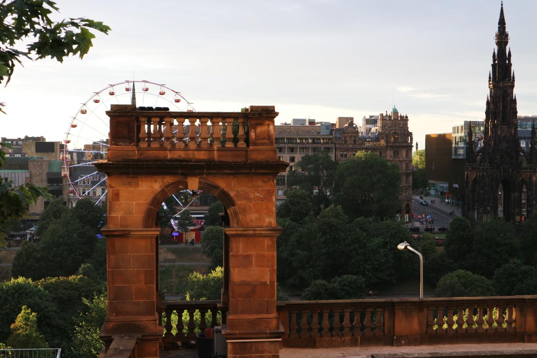 city guide Edinburgh Scotland
