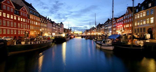 canale-copenaghen-nyhavn-poracci-in-viaggio-pacchetto-volo-hotel
