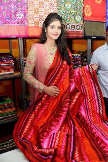 Actress Aishwarya Gorak Inagurates Pochampally IKAT mela @ Narayanaguda