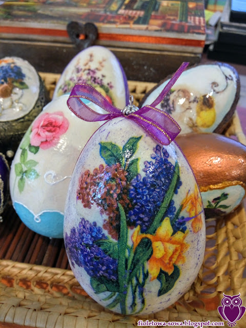 decoupage egg daffodil