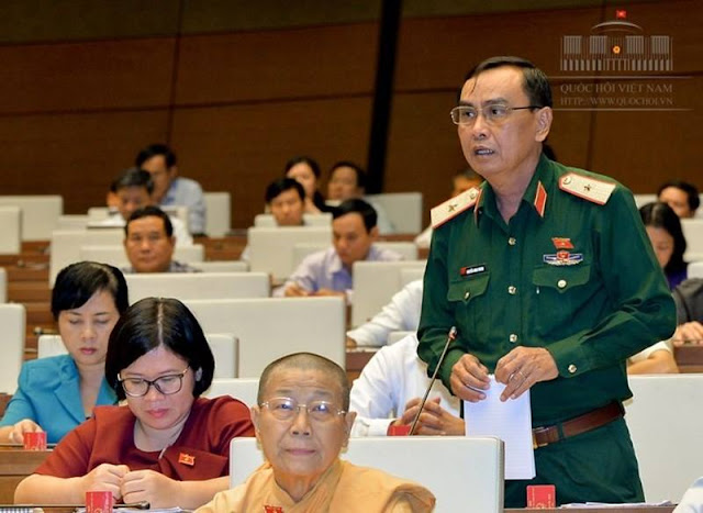 ĐB Nguyễn Minh Hoàng