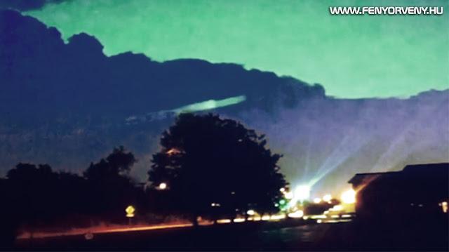 Rejtélyes jelenséget videóztak egy viharfelhőben (VIDEÓVAL)