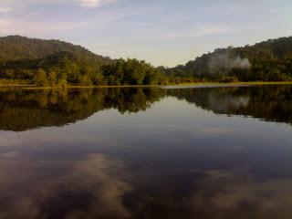 Wisata Menarik di Danau Sebedang Kalimantan Barat