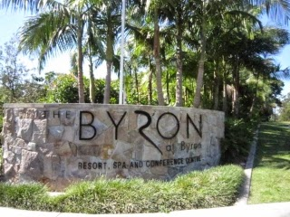 The Byron at Byron Resort and Spaのエントランスの写真