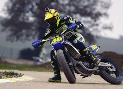Rossi: Latihan Motocross Bahaya Bagi Rider MotoGP