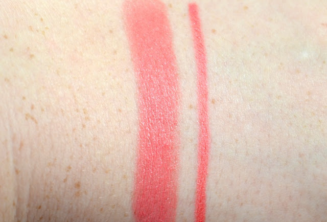 Urban Decay 24/7 Glide-On Lip Pencil in Streak Swatches with the Streak Lipstick
