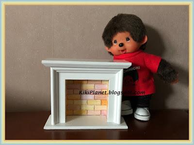 cheminée miniature, dollhouse, kiki, monchhichi, bois, handmade, fait main