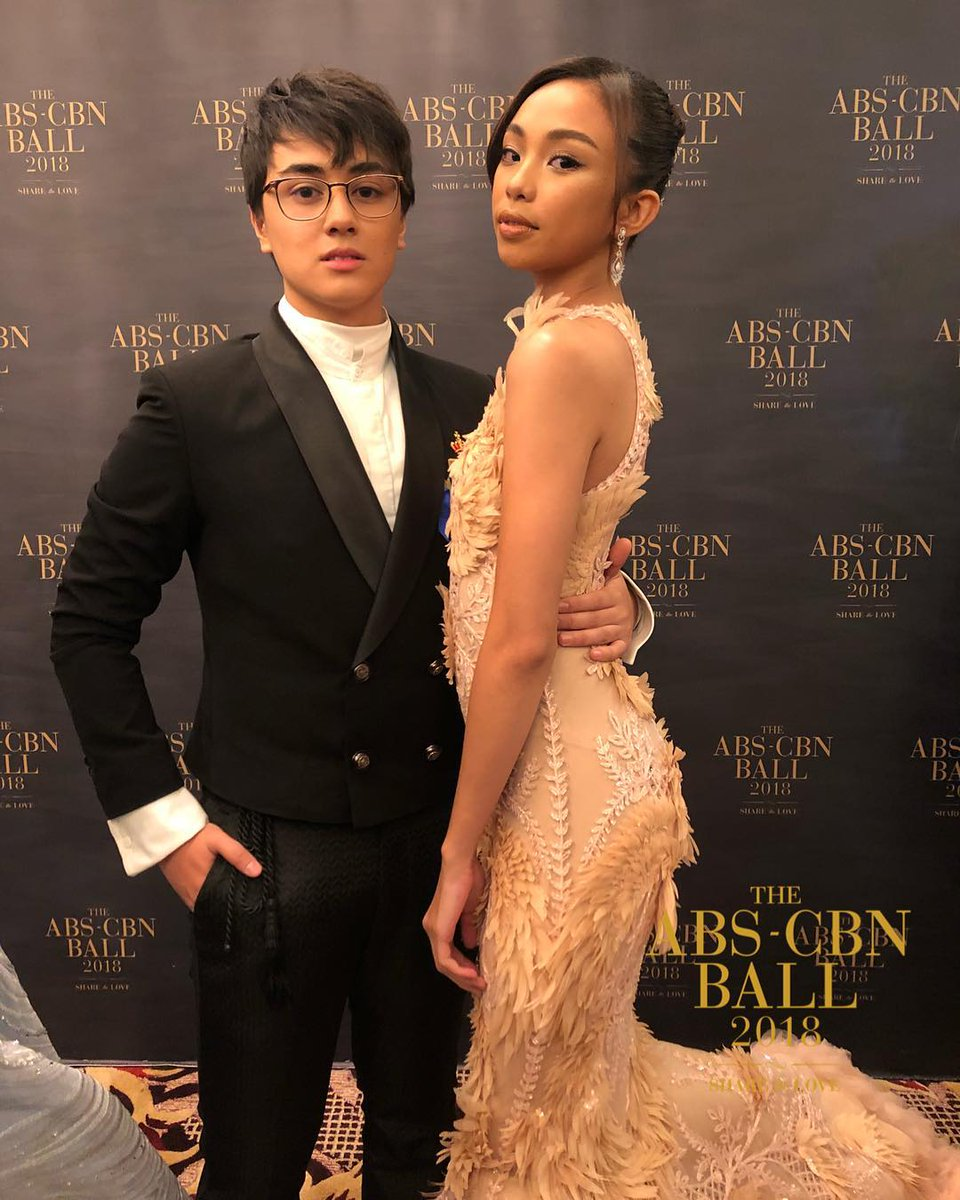 "Dazzling lovesteam of Edward Barber and Maymay Entrata ""Mayward"" at the ABS-CBN Ball 2018"