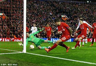 Liverpool 2-0 Man U (Liverpool shatter drab Man Utd in Europa League)