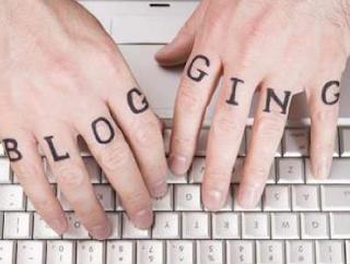 Menghilangkan Judul Blog dan Deskripsi Website