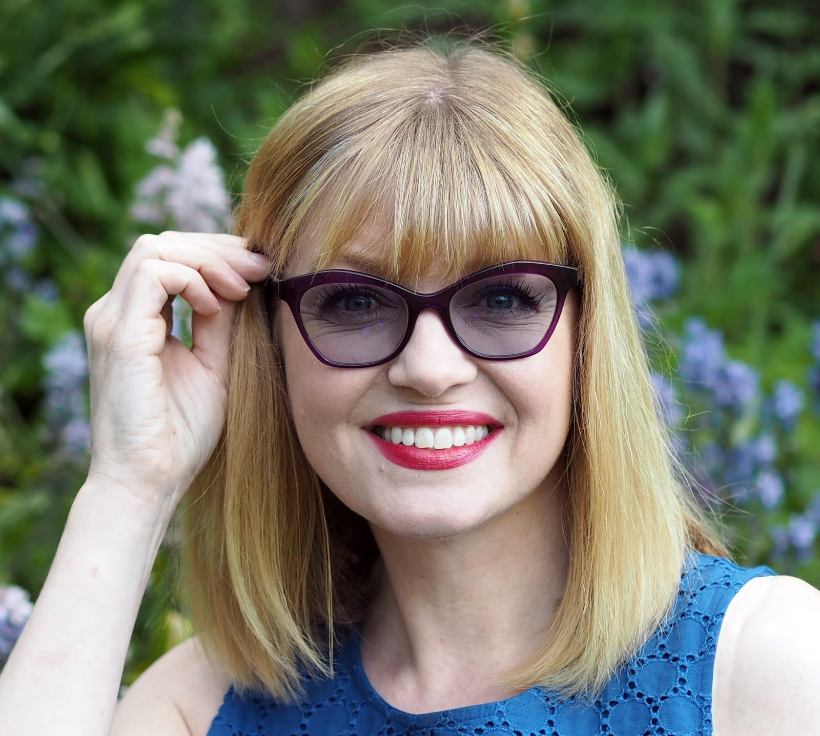 What-Lizzy-Loves-wearing-purple-Caroline-Abram-frames-Style-Colours-photochromic-lenses-sapphire-blue