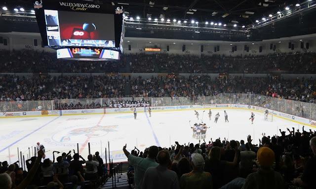 Estádio de hóquei no gelo em San Diego