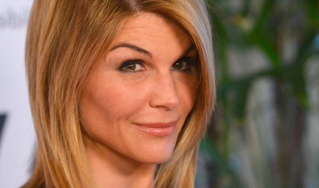 Federal prosecutors are trying to bully 'Aunt Becky' into pleading guilty