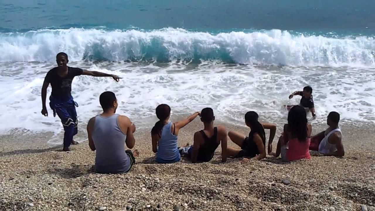 joven de San Cristóbal Se ahoga en la playa de  Los Patos, Barahona