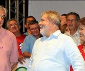 PT deve lançar Lula como candidato à Presidência no começo de 2017