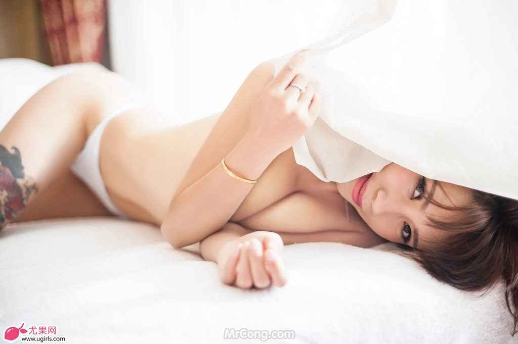 Image MrCong.com-UGIRLS-020-Tian-Yi-Yi-028 in post Người đẹp Tian Yi Yi (田依依) khoe ngực trần sexy trong bộ ảnh UGIRLS 020