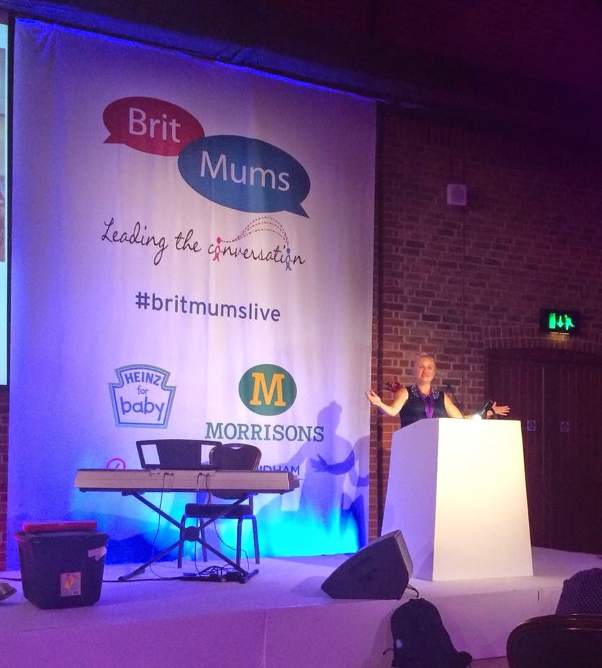 afra willmore (madmumof7)  reading bloggers keynote at #britmumslive