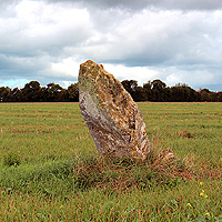 https://www.paintwalk.com/2018/09/normandy-megalith-young-lady-of.html