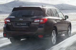 Subaru Outback (2018) Rear Side