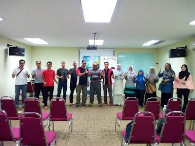 public gold, seminar, emas