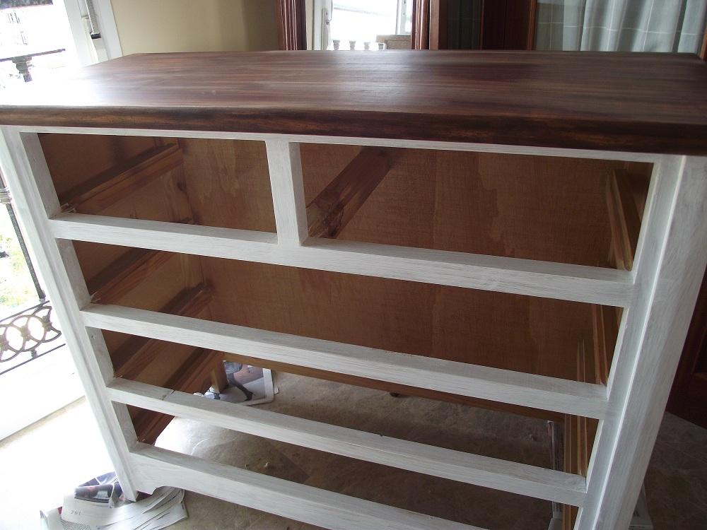 Trastos en el doblao: Renovando el dormitorio (II): La cómoda bonita ...
