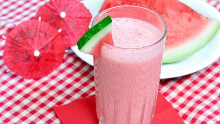 Jus semangka - salah satu jus penurun darah tinggi