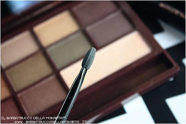 golden Bar brush makeup revolution palette choccolate