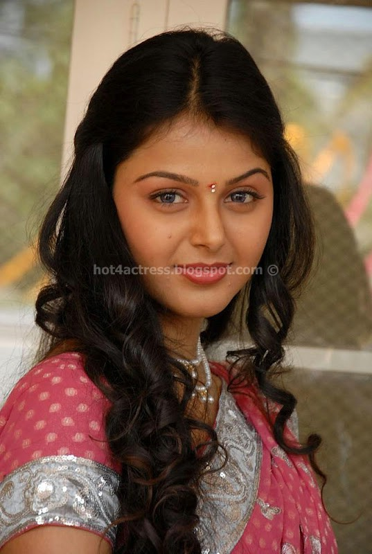 Monal gajjar cute and spicy photo gallery