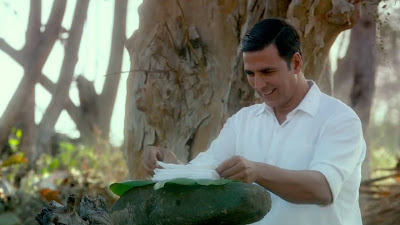 Akshay Kumar Cute Smile HD Picture Download