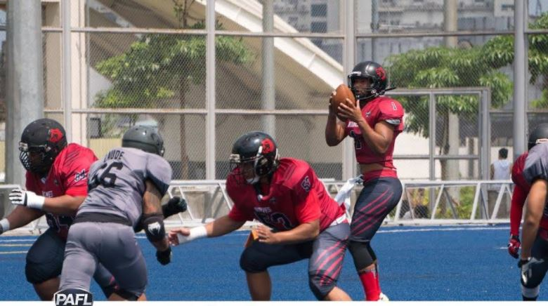 American Football in Philippines: Wolves face Cavemen in the Finals