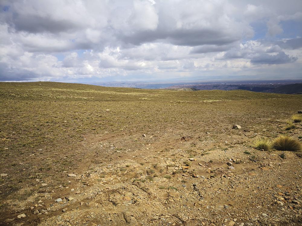 Vista de Alto Patapampa en el distrito de Alto Achachicala a 14km de la urbe / AMN / LAS COSAS CLARAS