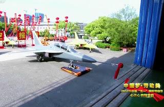 Jet Tempur L-15B