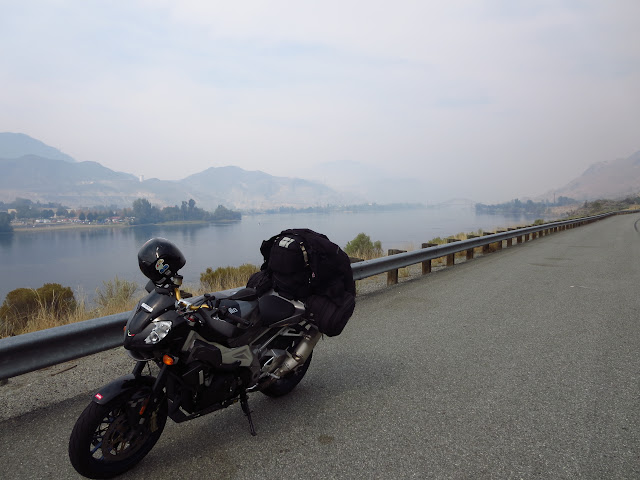 Aprilia Tuono Columbia River Washington
