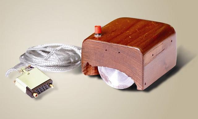 mouse terbuat dari kayu