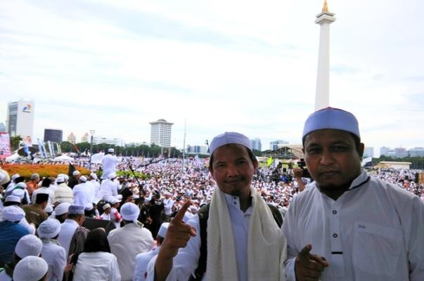 Cerita Perjuangan Longmarch dari Bogor yang Tiba di Monas Tepat Pukul 2.12