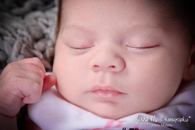 portrait bébé en studio séance photo naissance