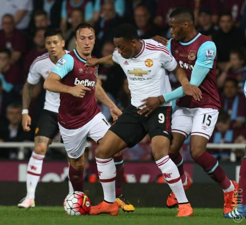 West Ham khiến MU vỡ mộng Champions League