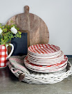 Servies at home with Marieke