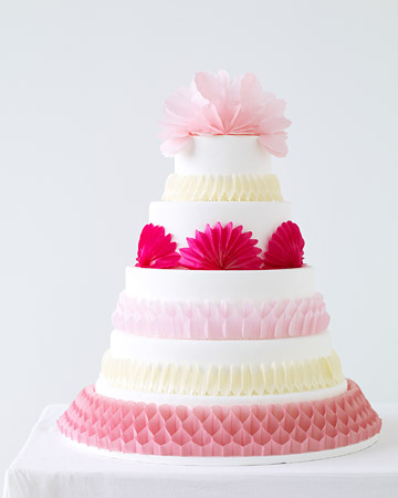 This Beautiful Cake Was Featured On Martha Stewart Wedding Website They Suggest Purchasing A Basic Fondant Covered What Great Idea