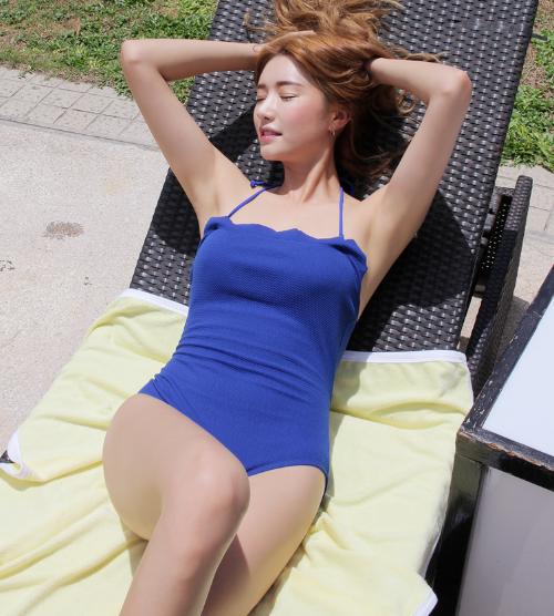 Scalloped Cutout Back Swimsuit